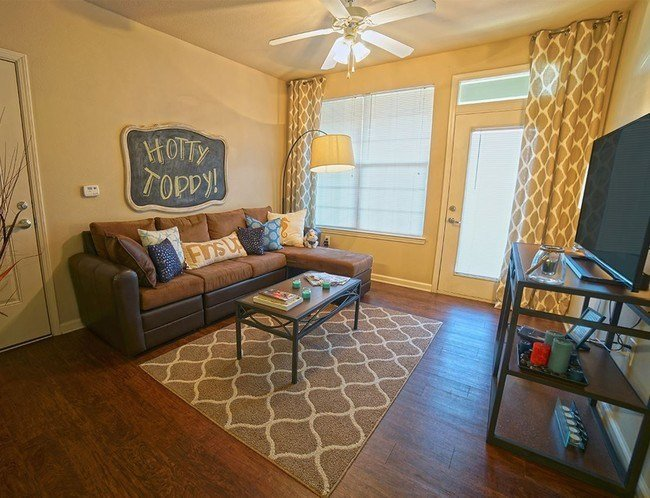 Best Lafayette Place Apartments Rentals Oxford Ms With Pictures