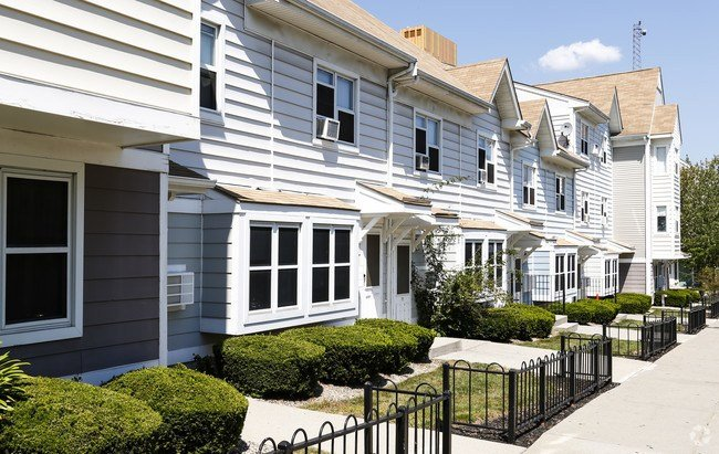 Best 3 Bedroom Low Income Apartments For Rent In Roxbury With Pictures