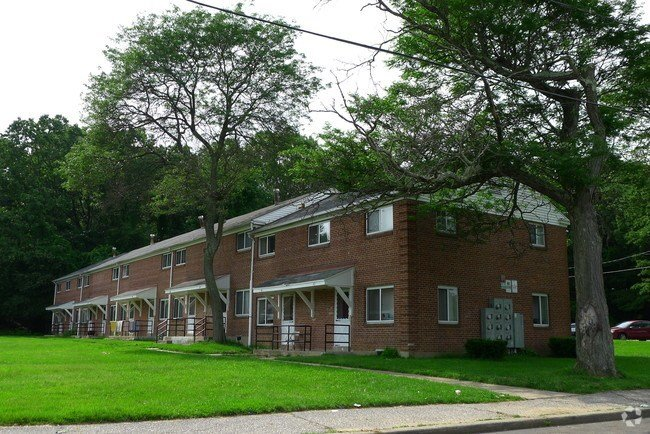 Best Villagewood Apartments Apartments Waterbury Ct With Pictures