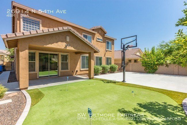 Best 4 Bedroom 2 5 Bath Stetson Hills Home House For Rent In With Pictures