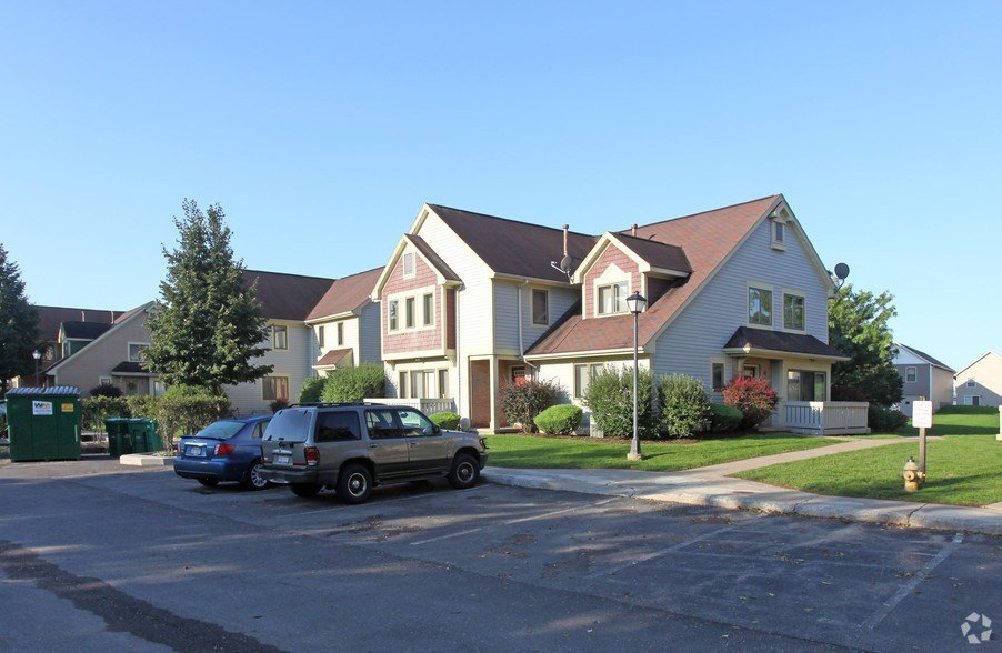 Best Cornhill Apartments And Townhomes Rentals Rochester Ny With Pictures