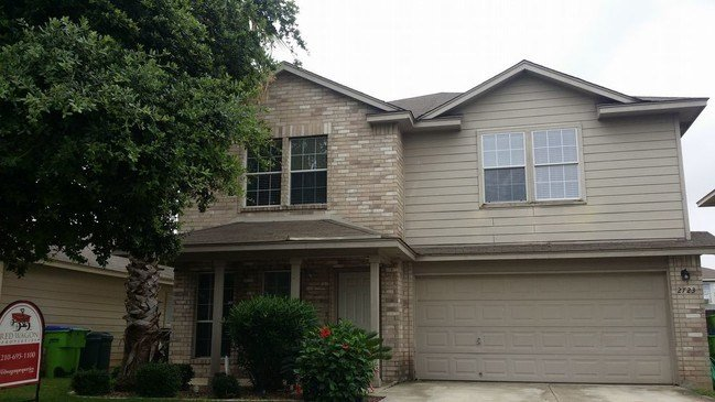Best 4 Bedroom Loft Home In Medina Valley Isd House For Rent With Pictures