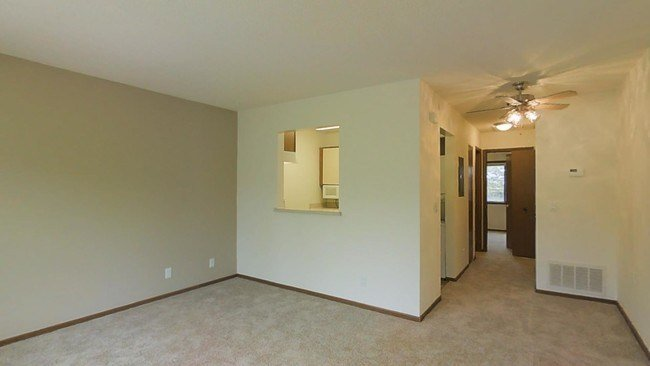 Best Ridgewood Heights Apartments Apartments Omaha Ne With Pictures