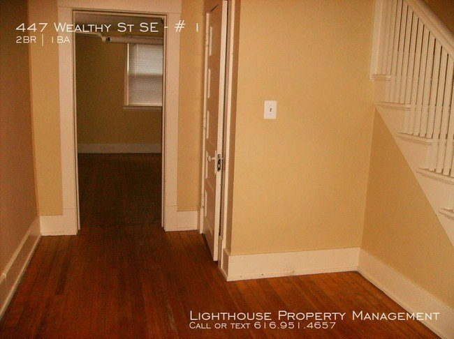 Best Two Bedroom Apartment In Heritage Hill Apartment For With Pictures