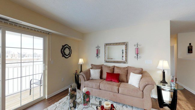 Best The Square At Latham Park Apartments Apartments Hilliard With Pictures
