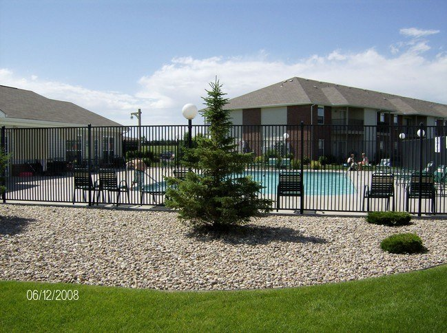 Best Riverbend Apartments Apartments Grand Island Ne With Pictures