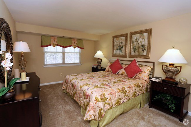 Best Village Of Pine Run Apartments Townhomes Apartments With Pictures