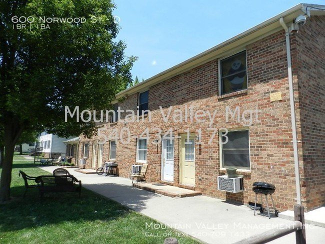 Best Affordable 1 Bedroom Apartment Apartment For Rent In Harrisonburg Va Apartments Com With Pictures