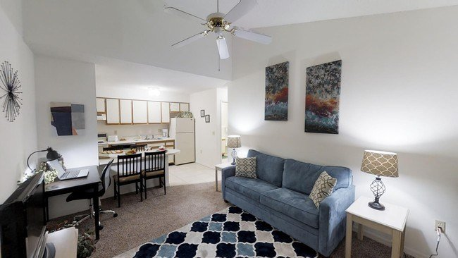 Best Lemans Apartments Of Lakeland Apartments Lakeland Fl With Pictures