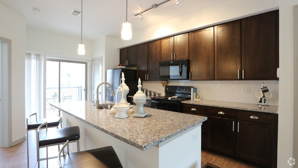 Best Barrett Luxury Apartment And Homes Rentals Columbus Oh With Pictures