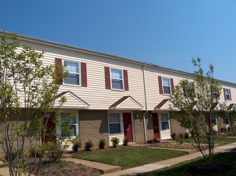 Best Village South Townhomes For Rent In Richmond Va Forrent Com With Pictures