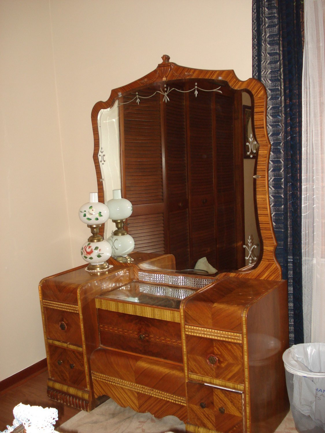 Best 1950 Waterfall Bedroom Set With Pictures