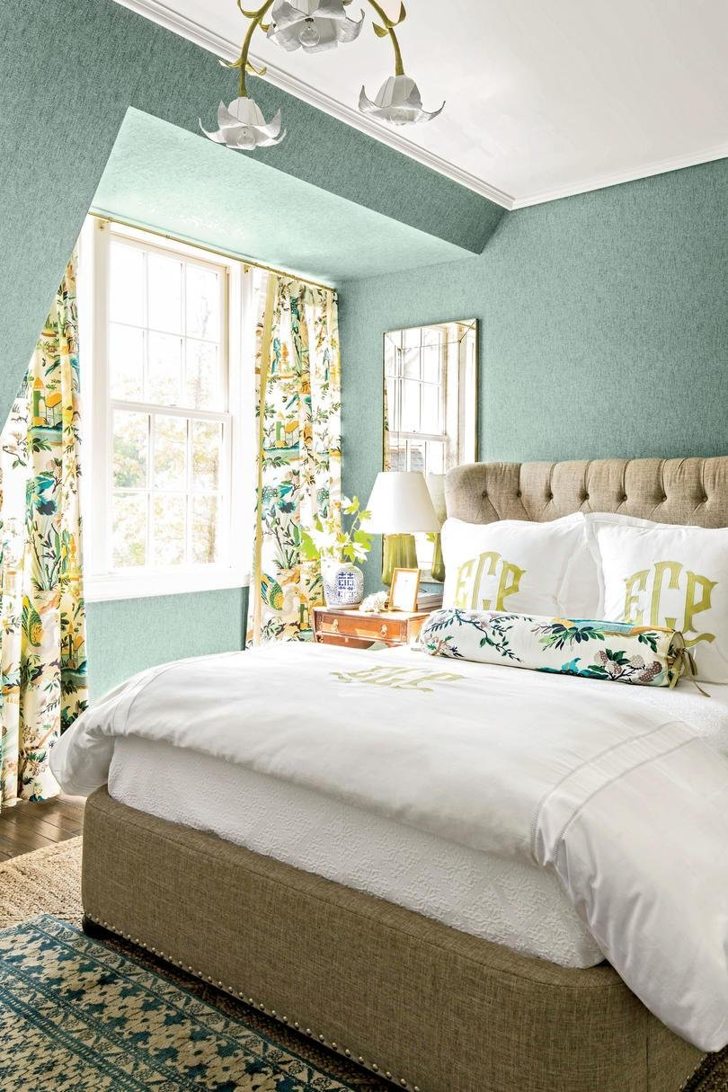 Best 10 Tricks To Make Your Bedroom Feel Extra Cozy Southern With Pictures