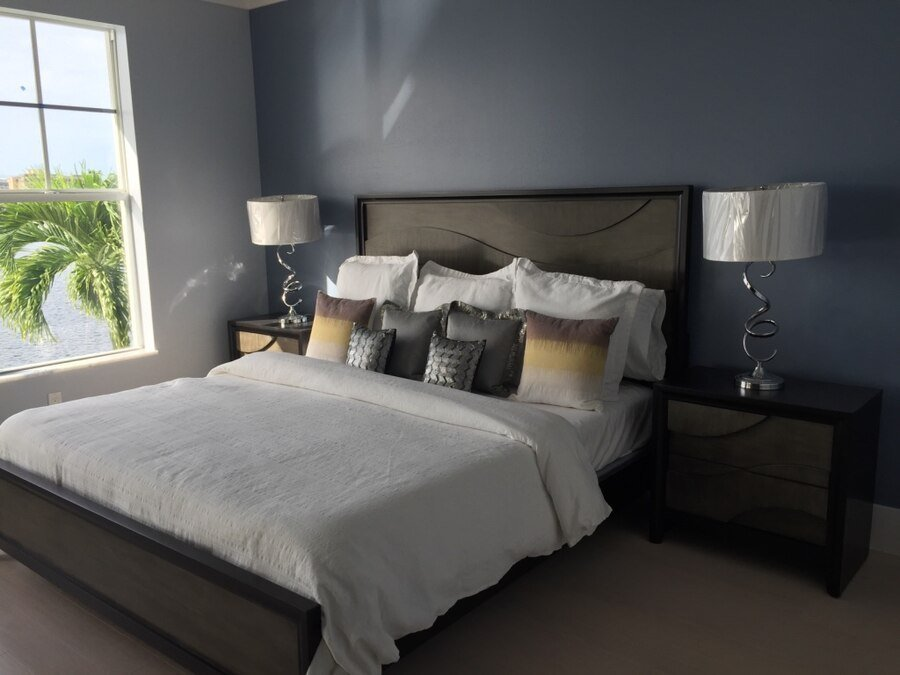 Best Used King Size Bedroom Set In Marco Island With Pictures