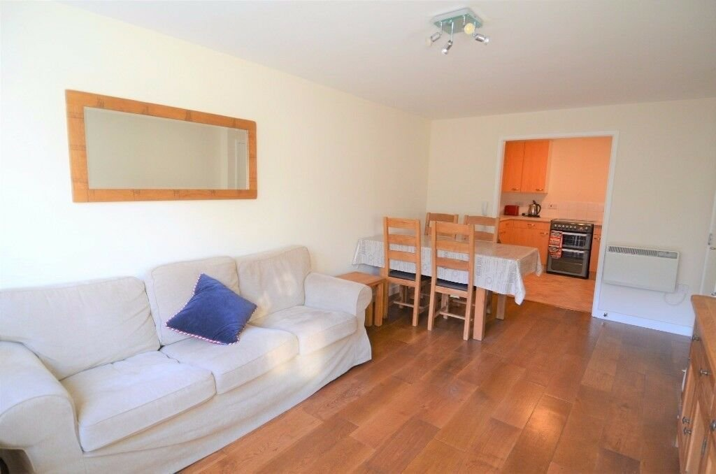 Best Available Now 1 Bedroom Apartment Underground Parking With Pictures