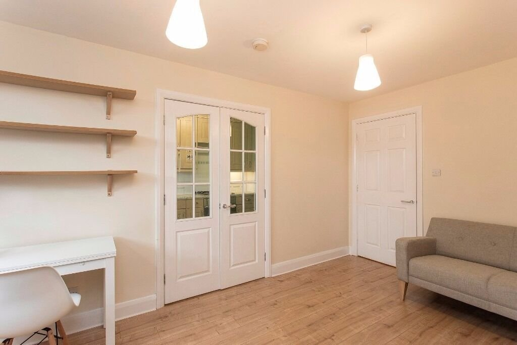 Best One Bedroom Flat Brixton Gumtree Nakedsnakepress Com With Pictures