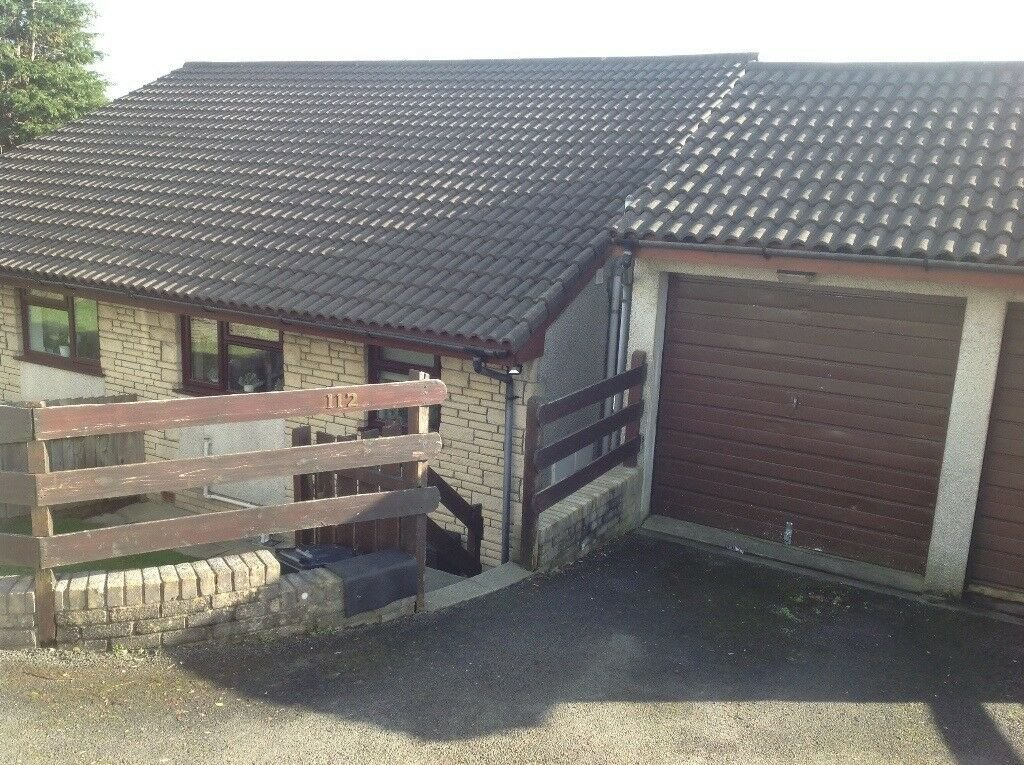 Best 2 Bedroom Split Level House With Garage To Rent In With Pictures