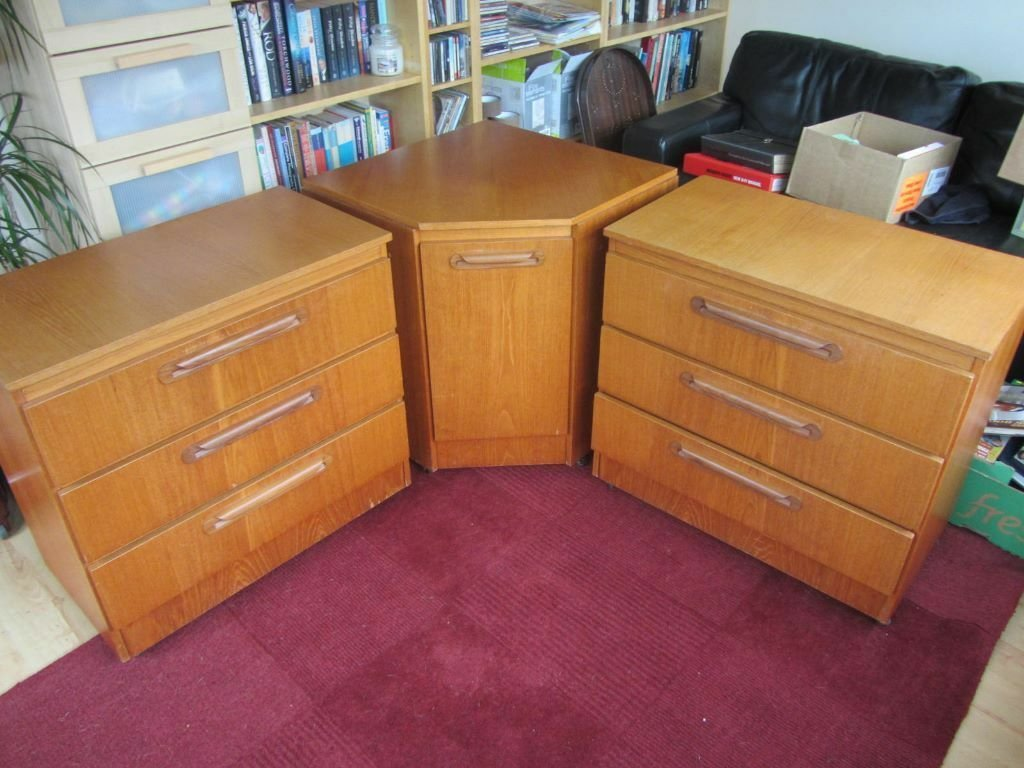 Best 3 Pieces Of Sakol Bedroom Furniture 2 Drawers 1 Corner With Pictures