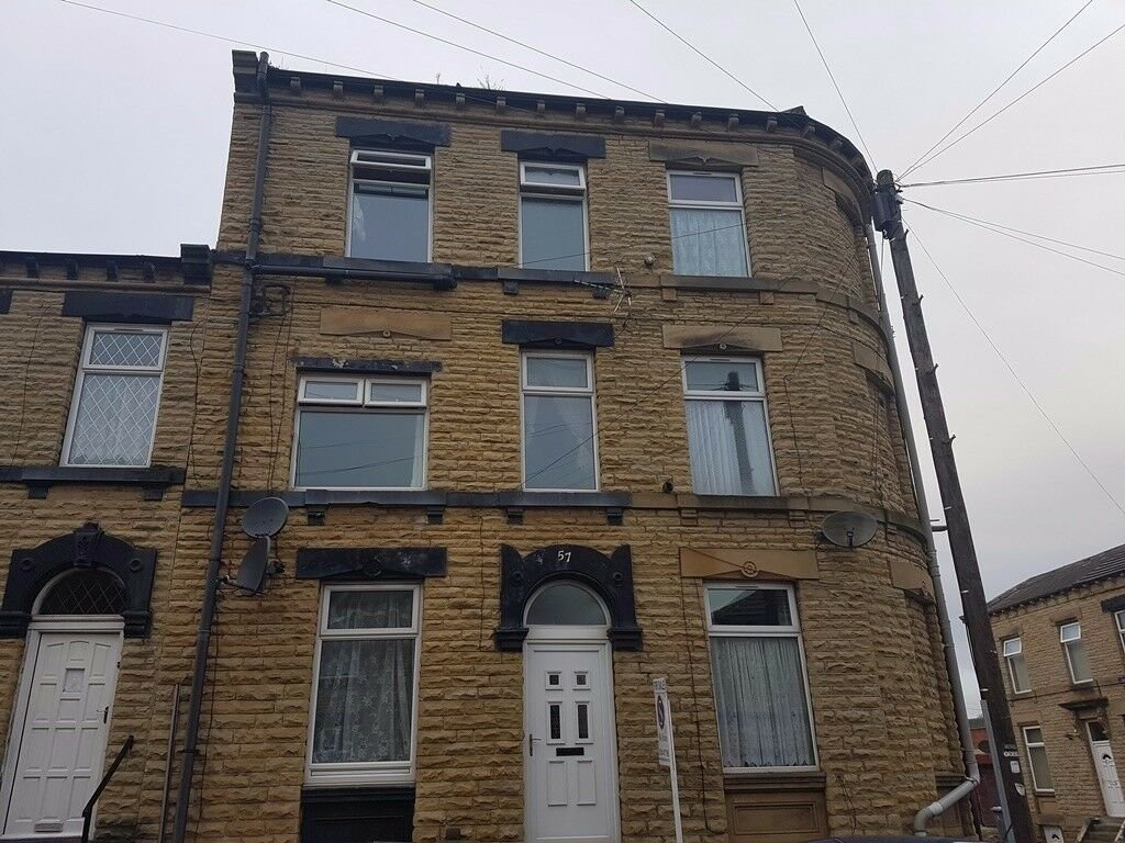 Best 2 Bedroom House Dss Welcome Talbot Street Batley Wf17 In With Pictures