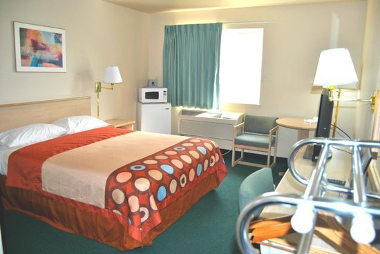 Best Handicapped Bedroom Equipped With Minifridge Microwave With Pictures