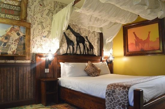 Best Chessington Safari Hotel Updated 2017 Prices Reviews With Pictures