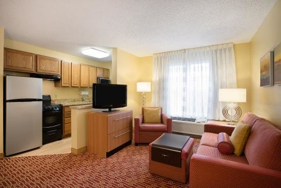 Best 2 Bedroom Suite Picture Of Towneplace Suites Houston With Pictures