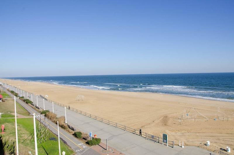 Best Virginia Beach Oceanfront 2Bdr Condo Has Dvd Player And With Pictures