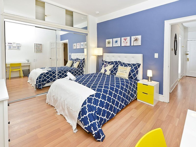 Best New Modern 3 Bedroom Apartment Near Subway And Central With Pictures