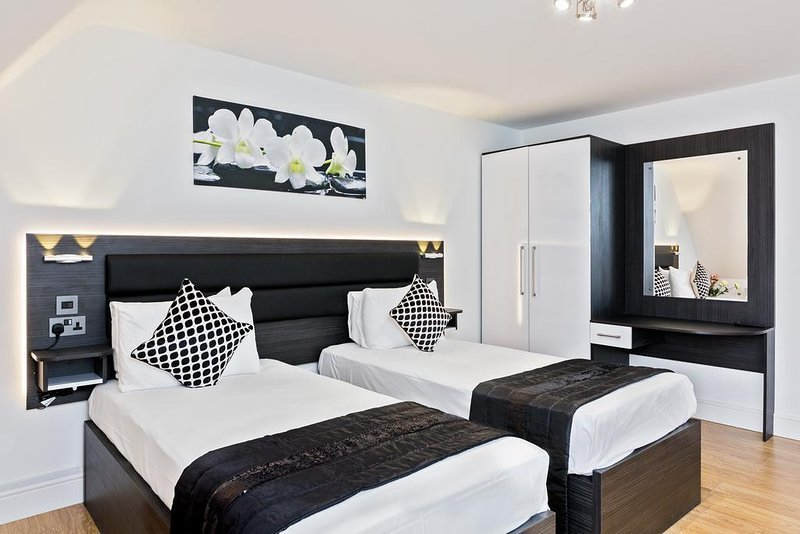 Best Luxury Apartments In The Heart Of Peterborough Twin With Pictures