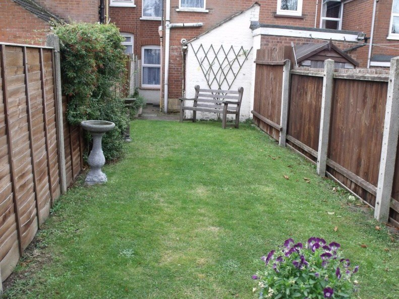 Best 2 Bedroom House Terraced To Rent In Upland Road Ipswich With Pictures
