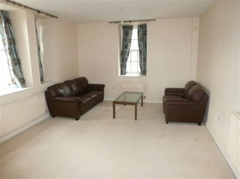 Best Martin Co Wakefield 1 Bedroom Apartment To Rent In Parklands Manor Tuke Grove Wf1 Martin Co With Pictures