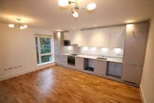 Best Martin Co Croydon 2 Bedroom Apartment To Rent In With Pictures