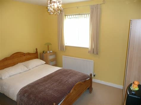 Best Whitegates Bradford 2 Bedroom Flat For Sale In Attlee With Pictures
