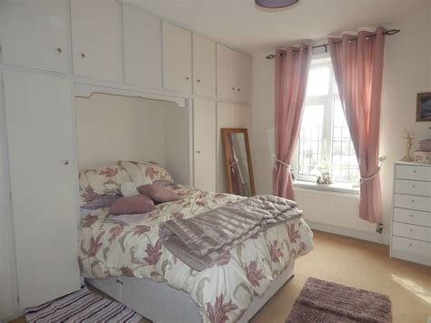 Best Whitegates Huddersfield 2 Bedroom House To Rent In Syringa With Pictures