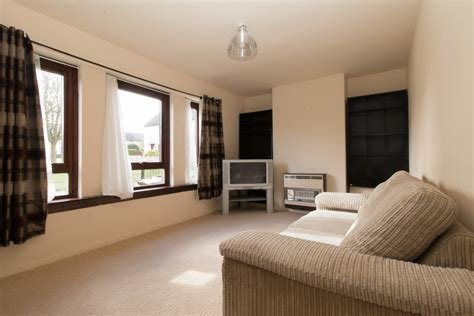 Best Martin Co Aberdeen 1 Bedroom Flat For Sale In With Pictures