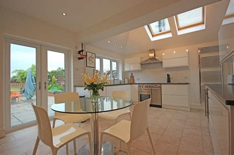 Best Whitegates Leicester 4 Bedroom House For Sale In Hinckley With Pictures