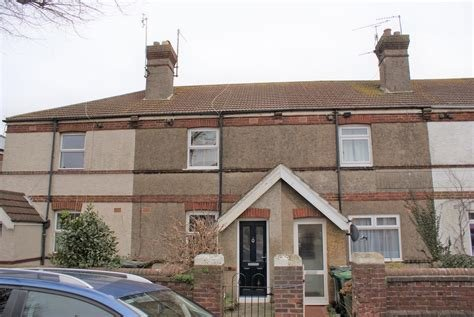 Best Martin Co Eastbourne 3 Bedroom Terraced House To Rent In Green Street Eastbourne Bn21 With Pictures