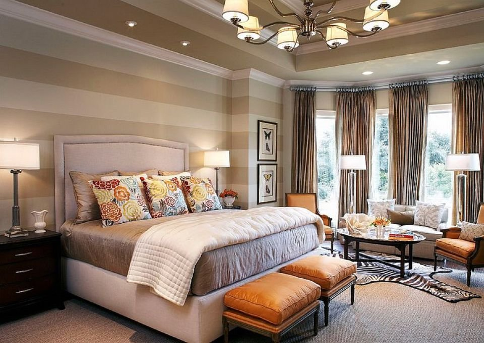 Best How To Decorate A Bedroom With Striped Walls With Pictures