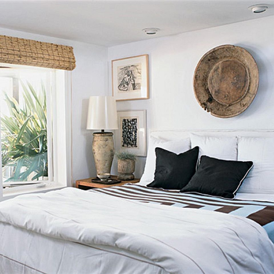 Best Decorating Bedrooms With White Walls With Pictures