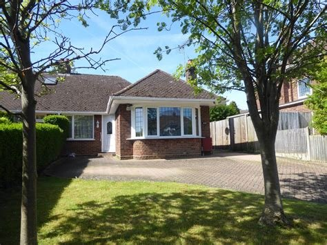 Best 3 Bedroom Bungalow To Rent In Dunstable Alexander Co With Pictures
