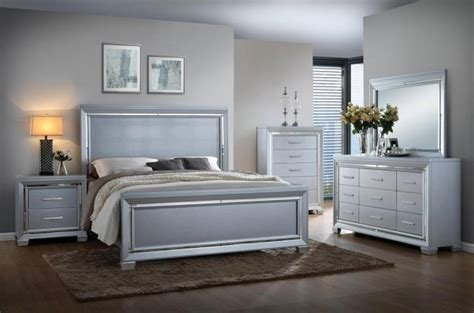 Best Soflex Jenny Silver Crocodile Texture Queen Bedroom Set With Pictures