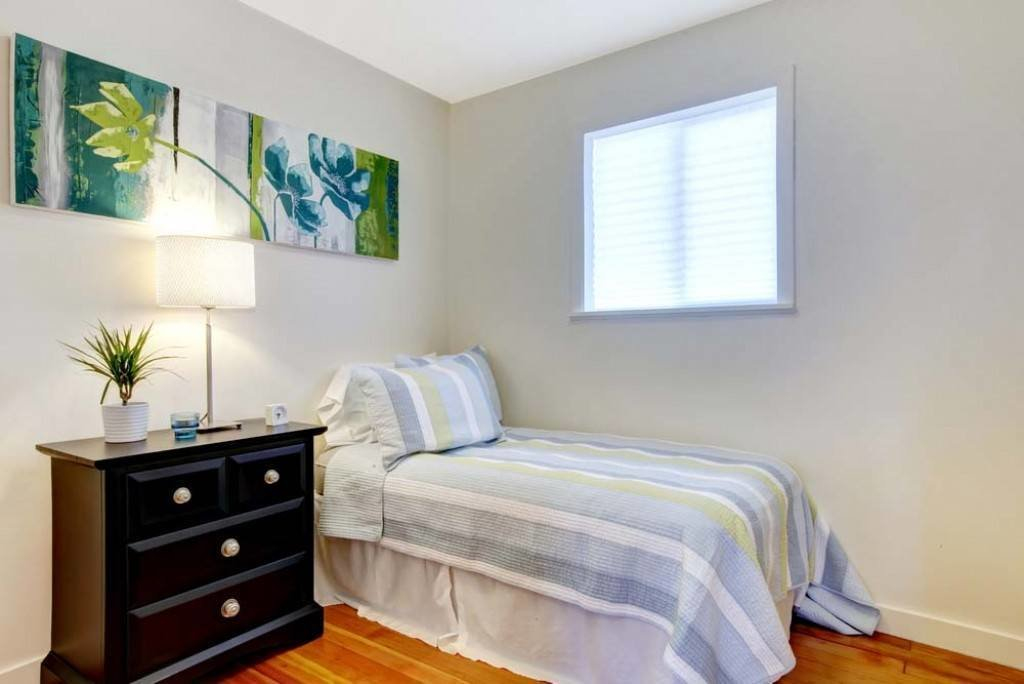 Best Decorating A Small Bedroom Seven Simple Tips For You With Pictures