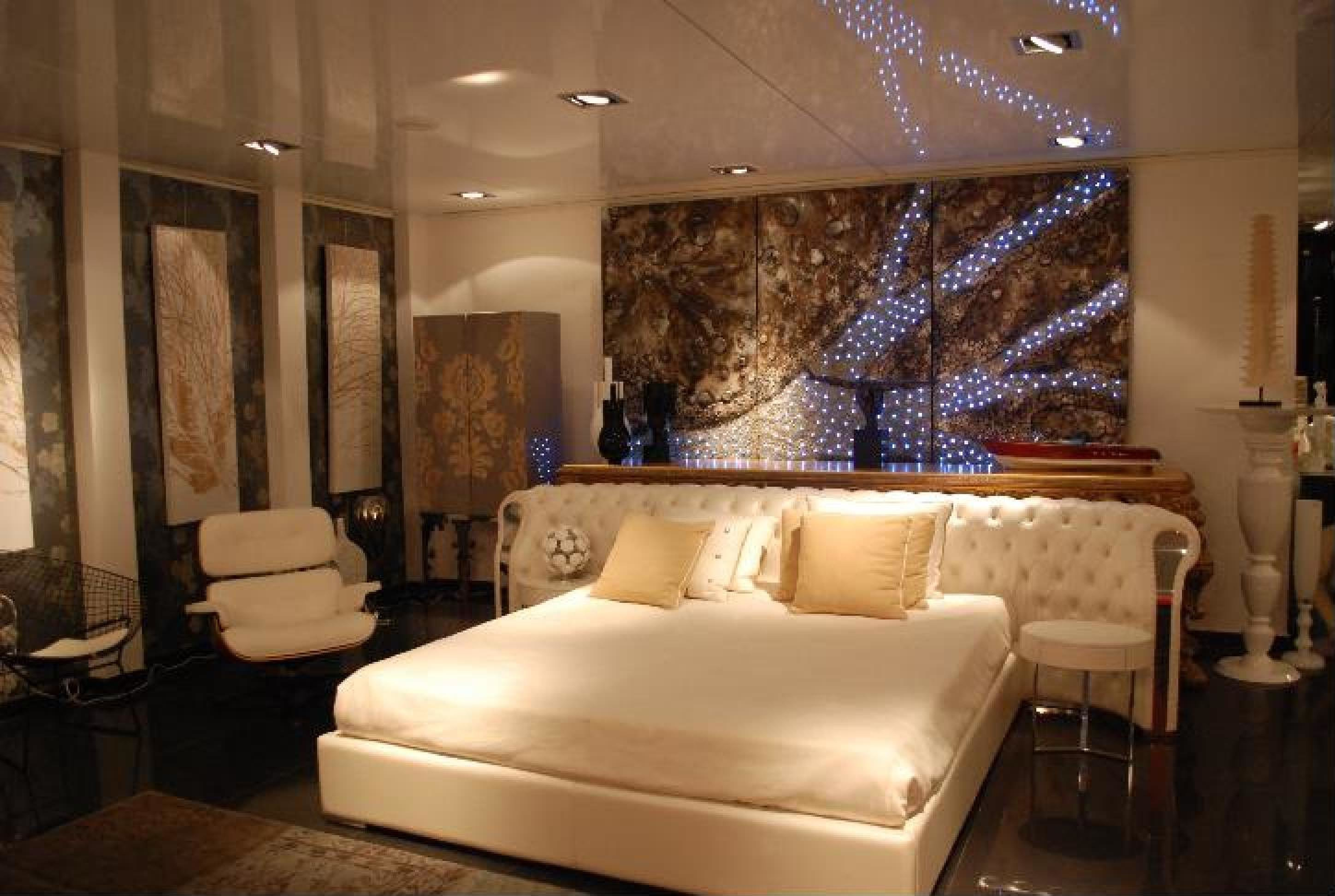 Best White Modern Bedroom By Envy Interiors Vick Vanlian With Pictures