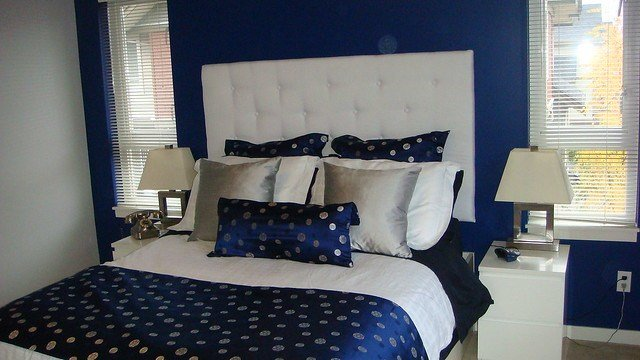Best Navy Blue Silver White Bedroom With White Padded With Pictures