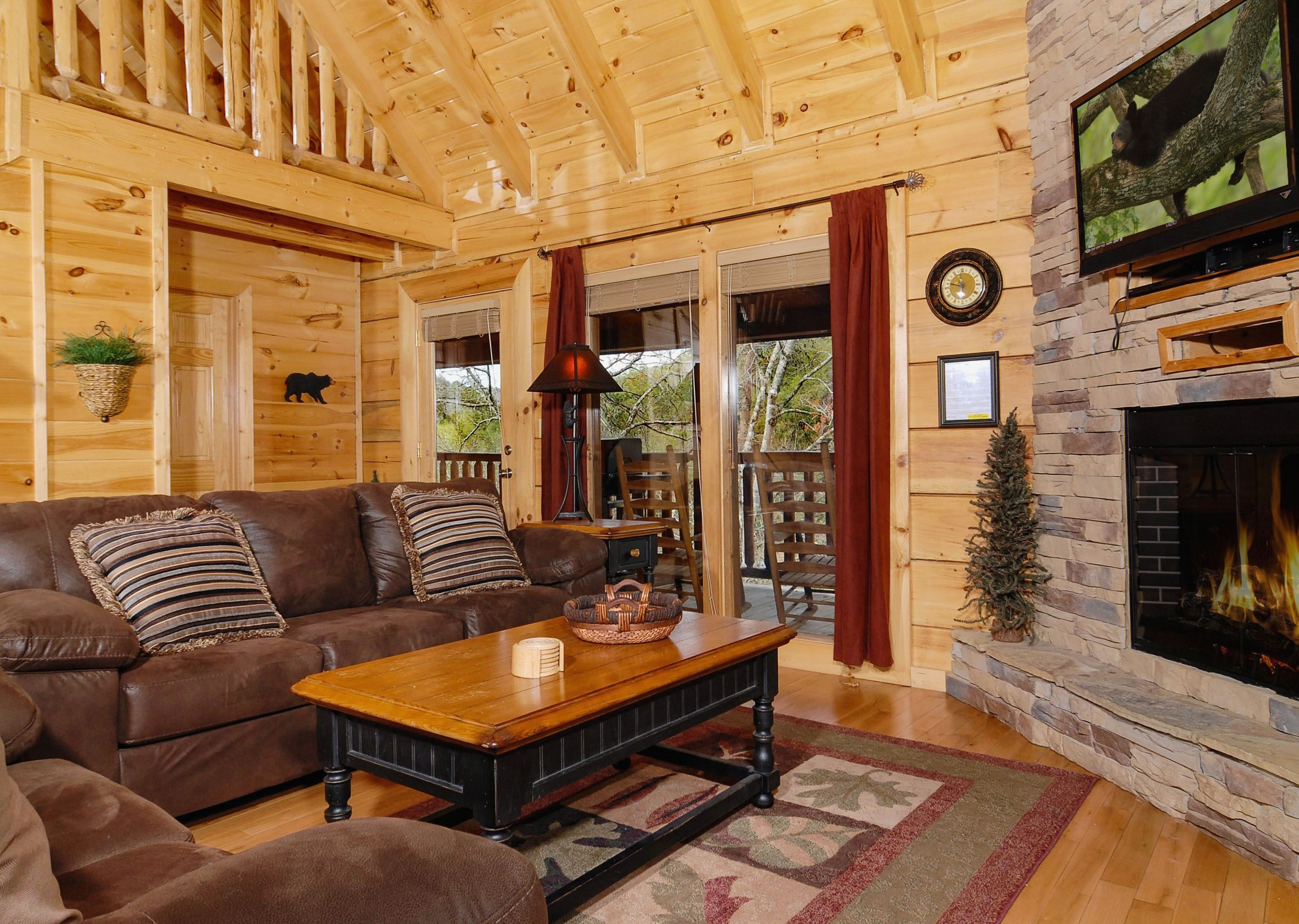 Best Vrbo Pigeon Forge 4 Bedroom Gammoe Com With Pictures