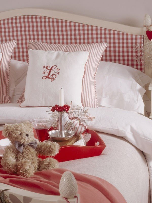 Best Red Gingham Headboard Christmas Cottage Pinterest With Pictures