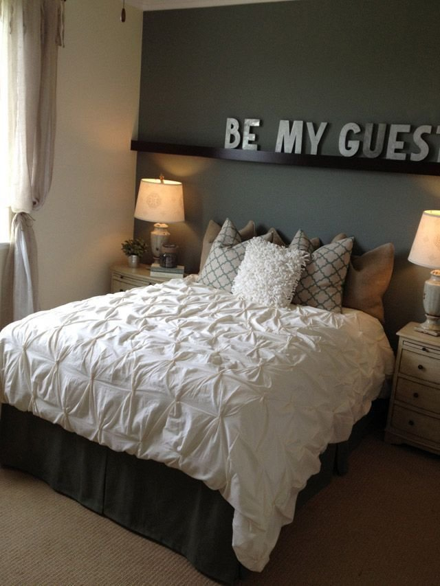 Best 30 Welcoming Guest Bedroom Design Ideas Some Of These With Pictures