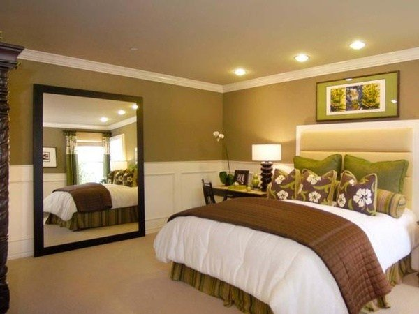 Best 25 Best Ideas About Green Brown Bedrooms On Pinterest Brown Dining Room Paint Brown Spare With Pictures