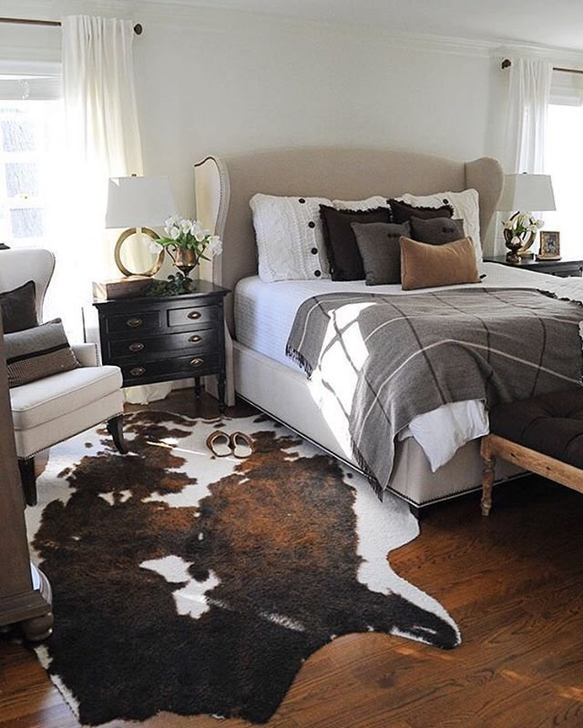 Best 25 Best Ideas About Cowhide Rug Decor On Pinterest Cow With Pictures