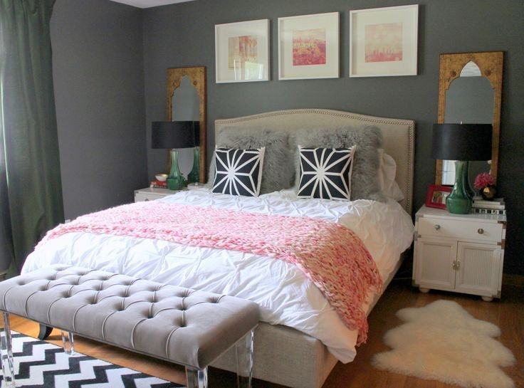 Best 25 Best Ideas About Young Woman Bedroom On Pinterest Women Room White Fluffy Rug And Love Couch With Pictures
